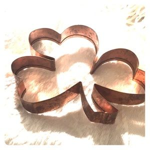 "Huge copper vintage 6""  shamrock cookie cutter"